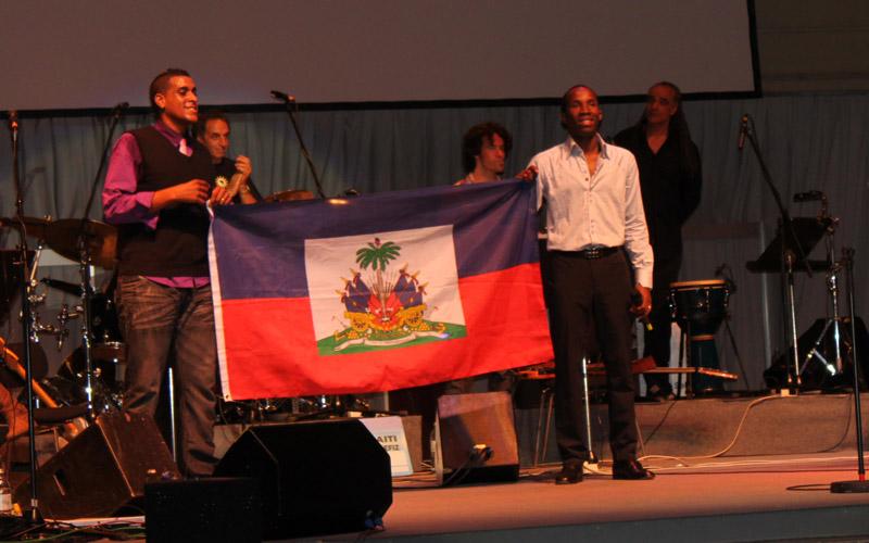 benefiz_haiti_fahne